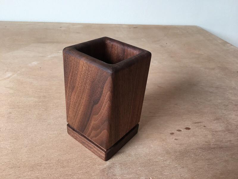 ウォールナット 無垢 ペン立て 木工 作品