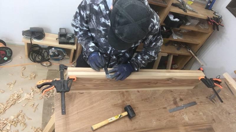 スコヤ 墨付け 印 木材 杉板 ダボ継ぎ
