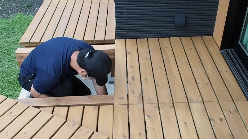 鋼製束とデッキ材を使用したウッドデッキを作る 高さ調整 DIY